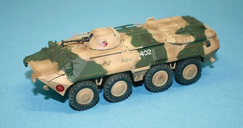 Easy Model 35018 BTR-80 Russian Army Battle