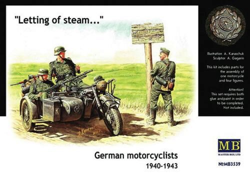 Master Box  MB3539 German Motorcyclists 1940-42
