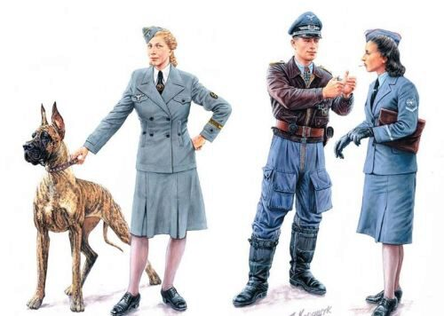 Master Box  MB3557 Woman at war: Germany, Luftwaffe Helferi