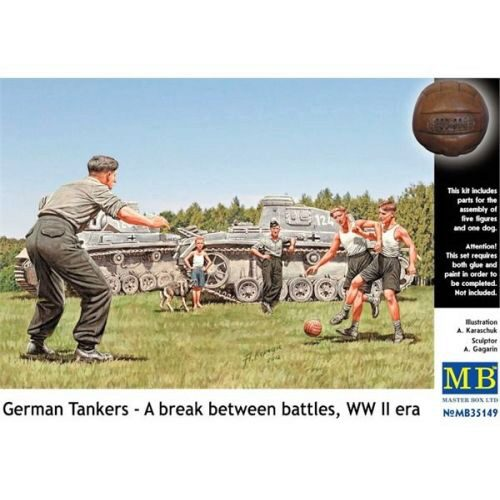 Master Box  MB35149 German tankmen in the break bet. Combats