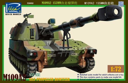 Riich Models RT72002 M109A2 155MM Self-Propelled Howitzer