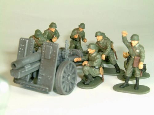 Caesar Miniatures 7202 WWII German Infantry Gun SIG33 with Crew