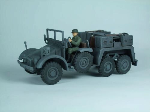 Caesar Miniatures 7203 WWII German Sd. Kfz. 69 Towing Truck