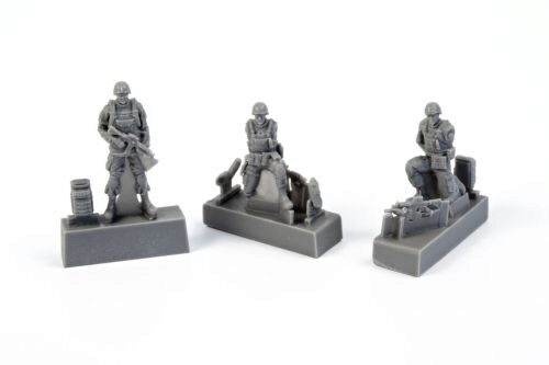 CMK 129-F72343 Two Kneeling Soldiers and Commanding Officer,US Army Infantry Squad 2nd Division