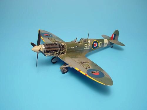 Aires 4250 Spitfire Mk.IXc