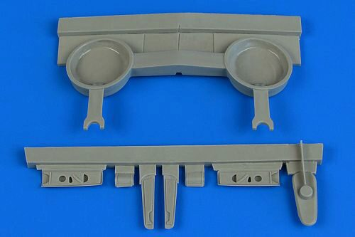 Aires 4724 P-40B wheel bay for Airfix