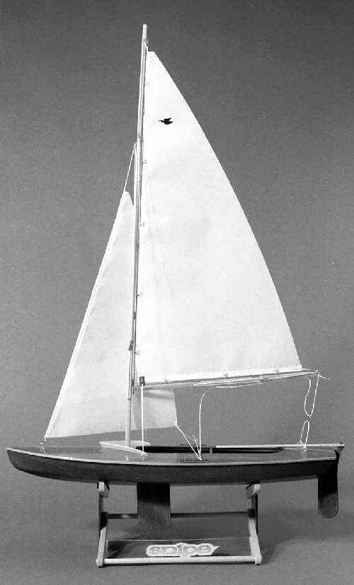 DUMAS BOATS ds1122 16 Zoll Snipe Sailboat