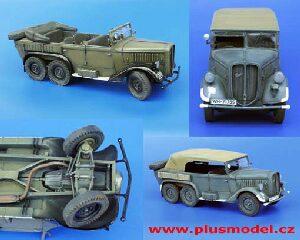 Plus Model EL018-1:35 Plastikmodellbau Kleidung