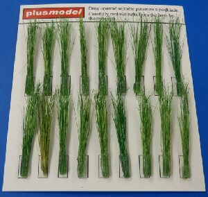 Plus model 473 Tufts of reeds-green