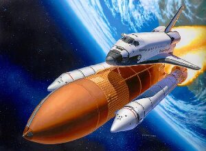 Revell 04736 Space Shuttle Discovery &amp, Booster Rockets