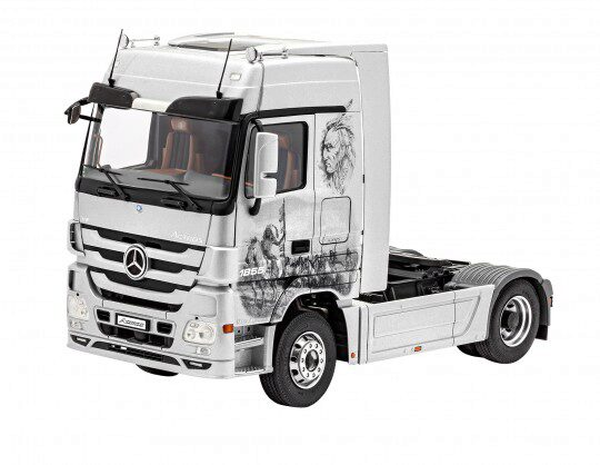 Revell 07425 Mercedes-Benz Actros MP3