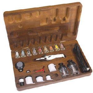 Testors 7778 Grosses Airbrush Set Holzbox Metall 20 teilig