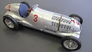 CMC M-115 Mercedes- Benz W125, GP Donington, 1937 #3 von Brauchitsch Lim. Edition 1,000 pcs.