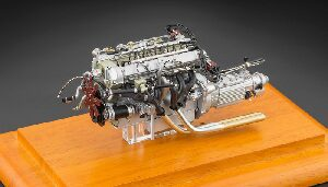 CMC M-133 Aston Martin DB4 GT, 1961 Engine including Showcase