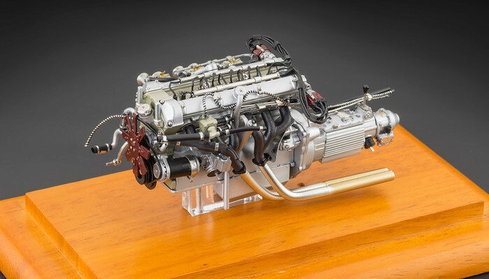 Cmc M 133 Aston Martin Db4 Gt 1961 Engine Including Showcase
