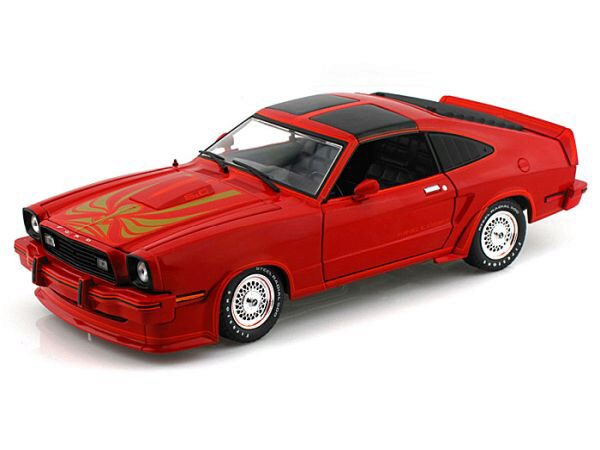 Greenlight 12879 1978 Ford Mustang II King Cobra Red & Black