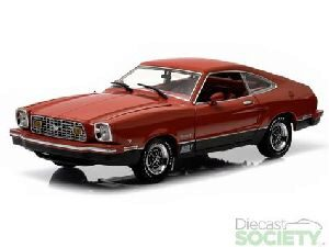 Greenlight 12867 Ford Mustang II Mach 1 1976 Red and Black