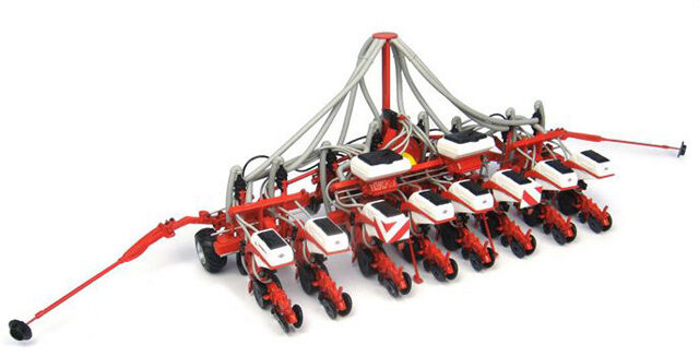 Universal Hobbies 4127 Kuhn Maxima 2 RX 8 Rows 1:32